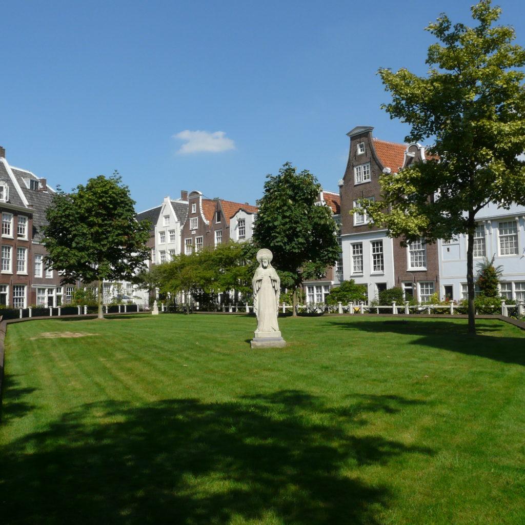 Begijnhof_Amsterdam, reizen met begeleiding