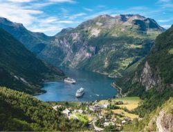 Geiranger, cruise met nederlands sprekende begeleiding