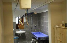 Rolstoelvakantie Duitsland badkamer