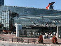 1. Cruise terminal Amsterdam, begin van een cruise met zorg