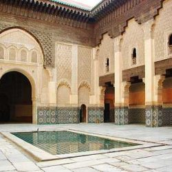 Stedentrip met begeleiding naar Marrakech